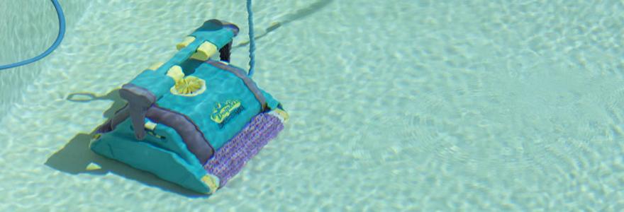 type de robot de piscine