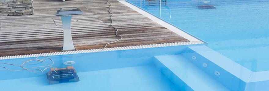 robot de nettoyage de piscine